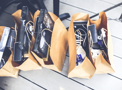 מוצרים, קניות
